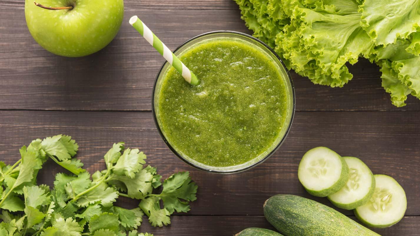 https://www.doterra.com/medias/16x9-1427x803-spring-detox-juice-us-en-web.jpg?context=bWFzdGVyfGltYWdlc3wxNTExNTF8aW1hZ2UvanBlZ3xpbWFnZXMvaDkxL2gyYy84OTk2MDMxNzU4MzY2LmpwZ3xiNWUzNDNjNmY1OTczZTkwZDI2MDI0NDYzMDQ3ZWU2ZmVjY2JhNGRhOTQyYmEwYjhiNjE5NDNhOWRiNGI0MTI0
