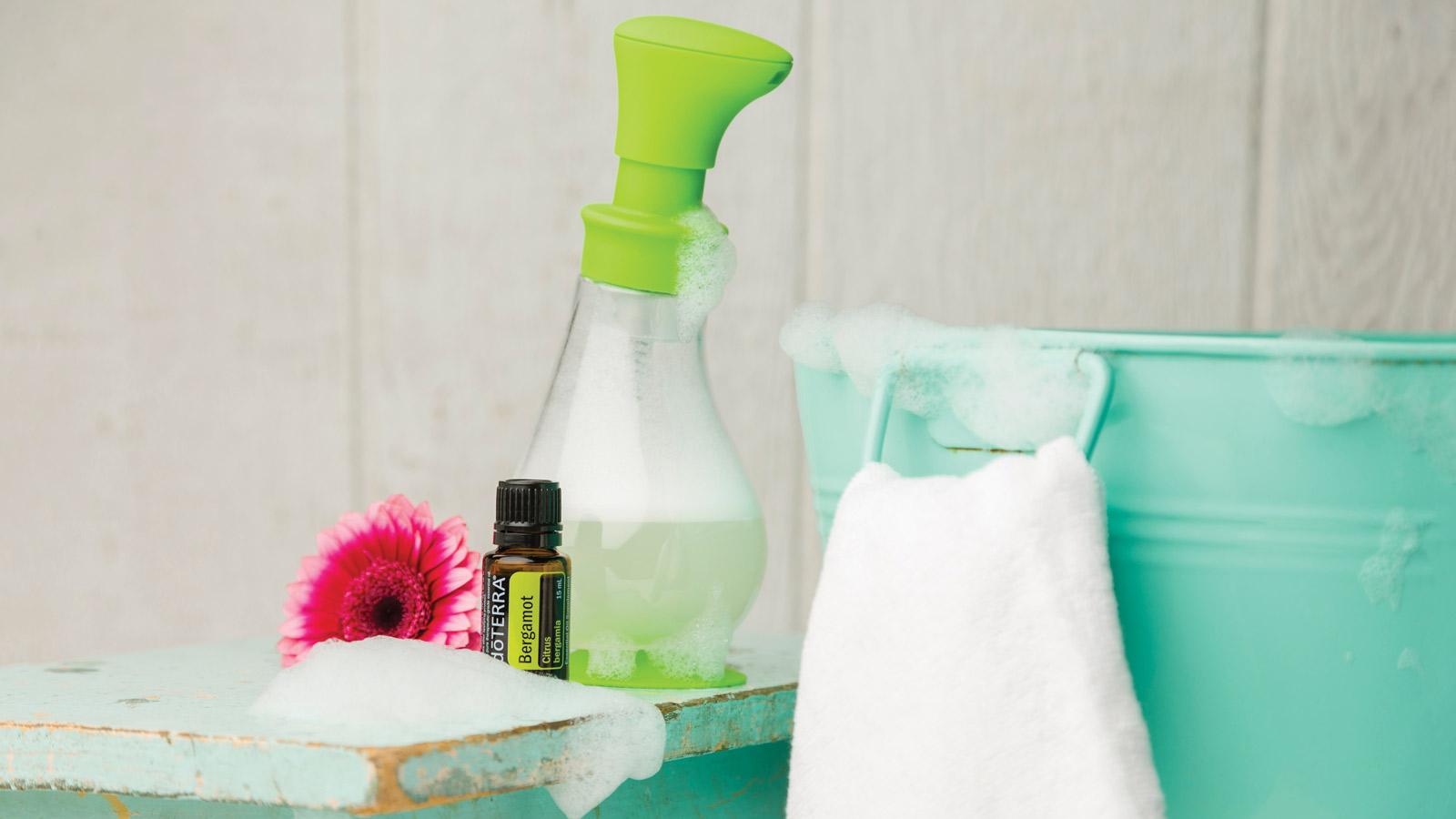 DIY: Foaming Hand Soap | dōTERRA Essential Oils