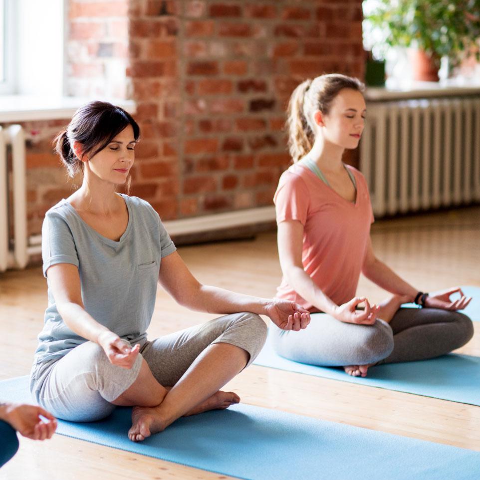 The Unity of Yoga and Essential Oils   dōTERRA Essential Oils