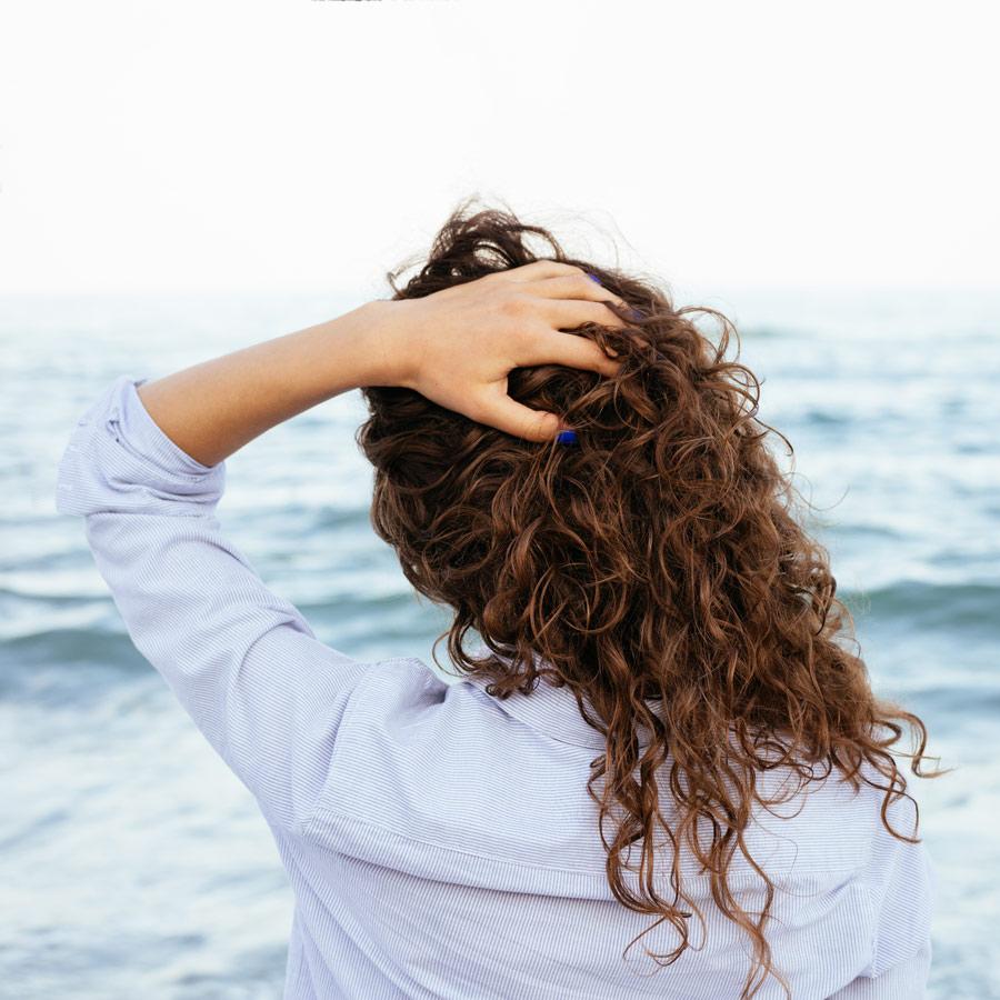 DIY: Beach Wave Salt Spray with Lemon Oil | doTERRA Essential Oils