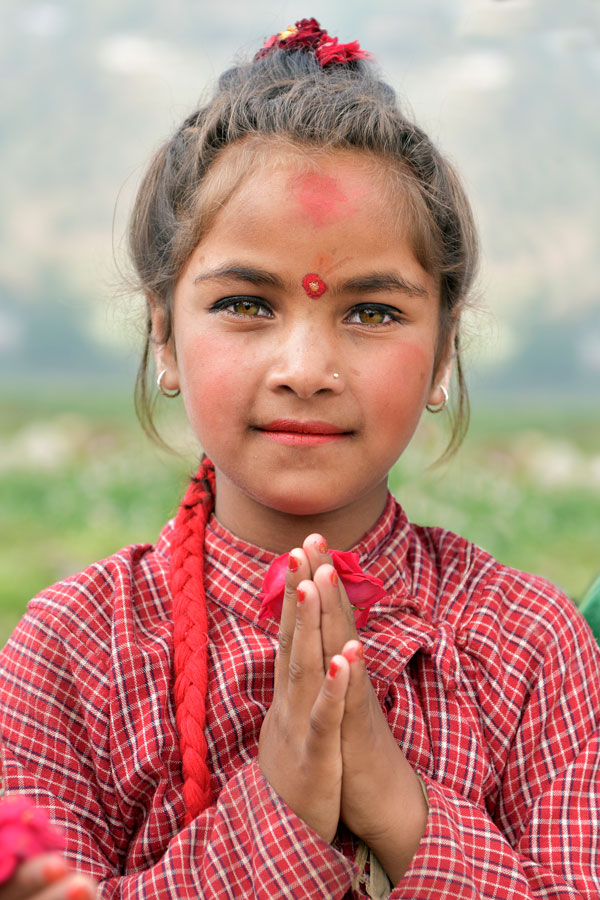 2x3-600x900-young-girl-nepal-us-en-web.jpg