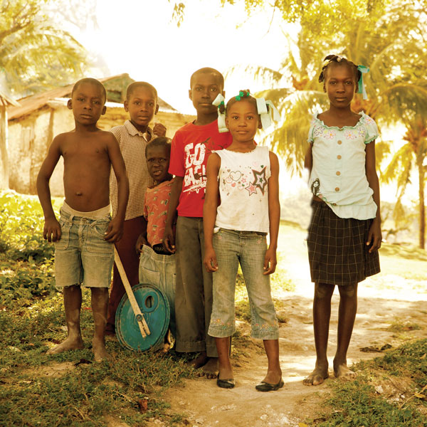 1x1_600x600_haiti_co_impact_sourcing_children_us_english_web.jpg